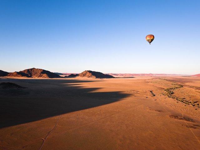 Mach eine Ballonfahrt über die Wüsten Afrikas, Reisebüro Rosenheim Wagner Reisen